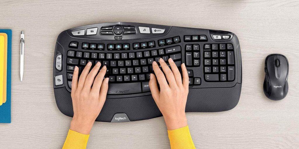 Economisiți 28 USD la combo-ul tastatură și mouse wireless Logitech MK550