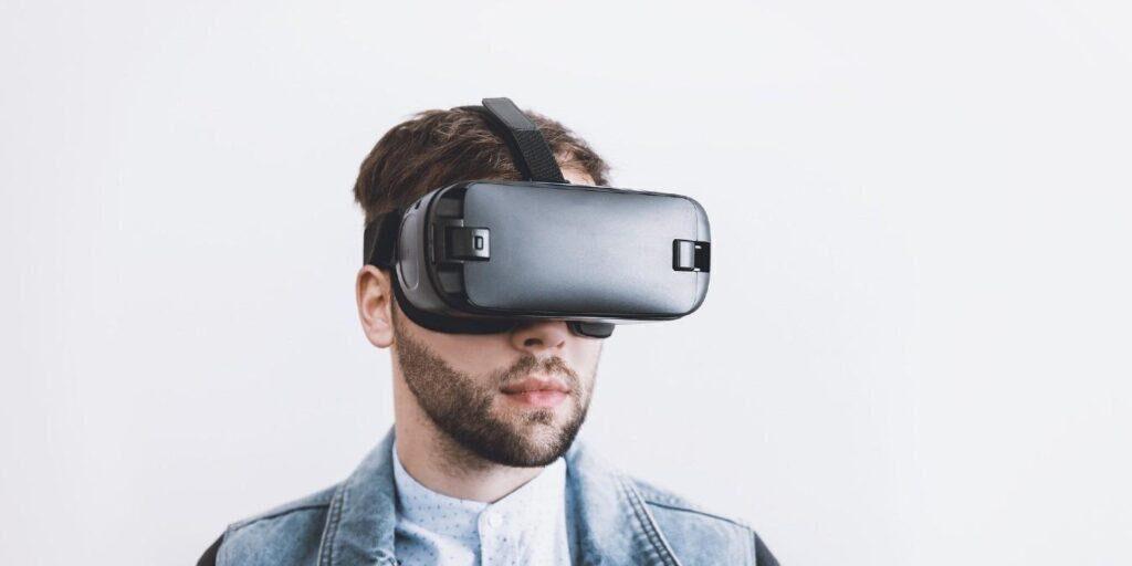 5 gute, erschwingliche Virtual-Reality-Headsets zum Ausprobieren von VR-Spielen